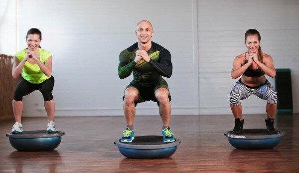 Функциональная тренировка на BOSU для ОФП и жиросжигания. | Мудрый тренер Филин | Яндекс Дзен