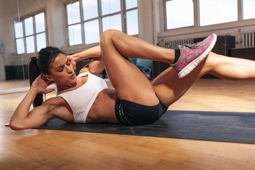 Какие упражнения укрепят мышцы живота. Упражнения для укрепления мышц живота